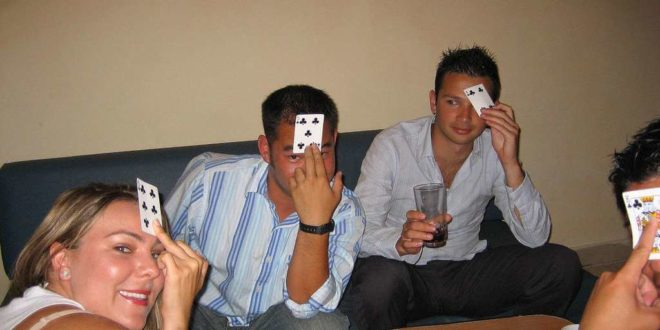 indian poker drinking game